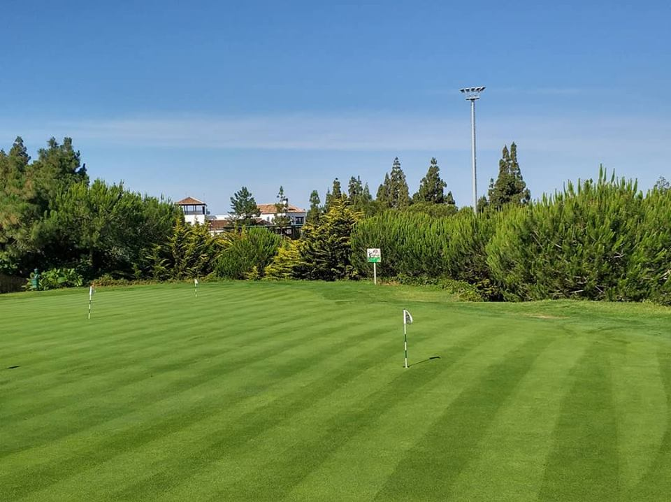 putting-green-chaparral-golf-club-costa-del-sol.jpg