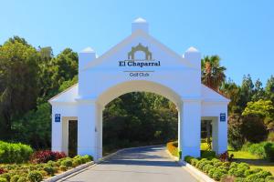 arch-el-chaparral-golf-club
