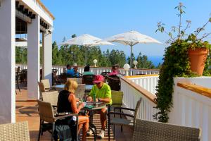 el-chaparral-golf-club-terrace-2