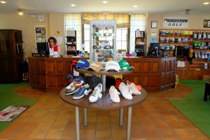 proshop-el-chaparral-golf-club-3